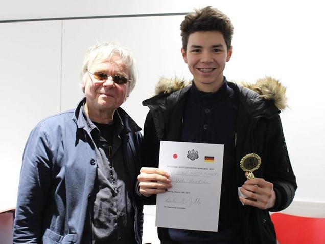 Bester Jugendspieler wurde Niels Meinköhn (r.). Foto von Michaela Baumgarth