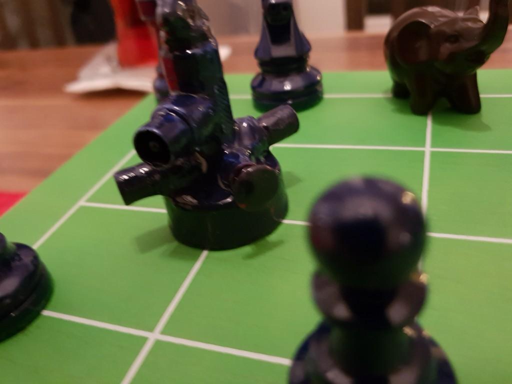Ein Luftkreuzer aka Cannon der Blue Army macht sich bereit zum Durchstarten.